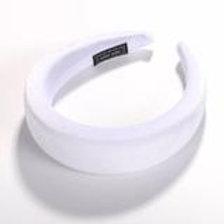Padded headband. White.