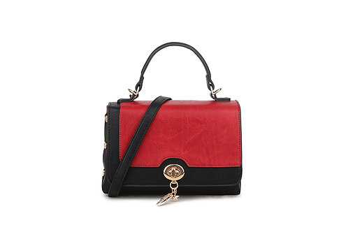 Hollywood Renaissance  box bag in soft faux leather in Black / Red.