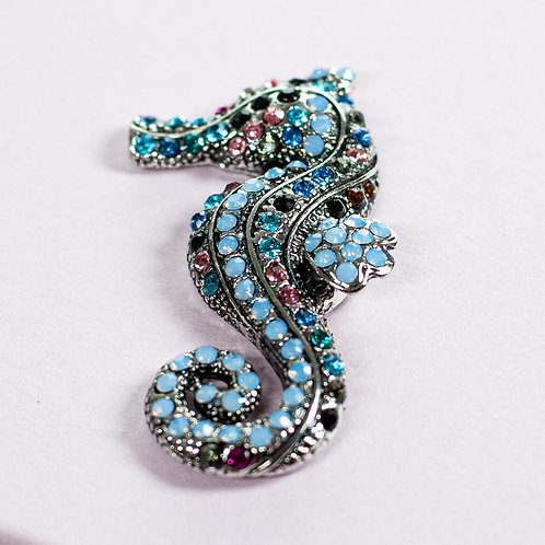 Cool magnetic Sea Horse brooch with in Rose Gold Black and Amber