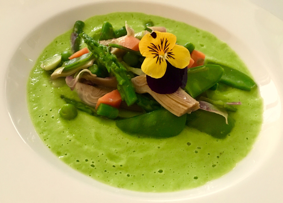 VERDURE PRIMAVERILI CON CREMA DI PISELLI / SPRING VEGETABLES ON PEA CREAM
