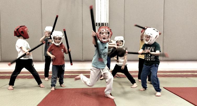 ninja-feestje-kidsproof_edited.jpg