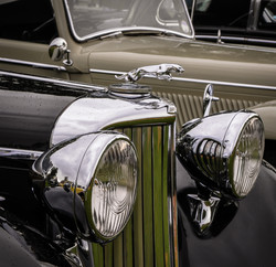 Old Jaguar Saloons