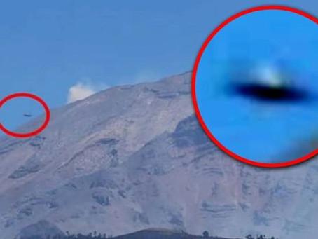 Massive UFO Spotted Over Volcano in Mexico