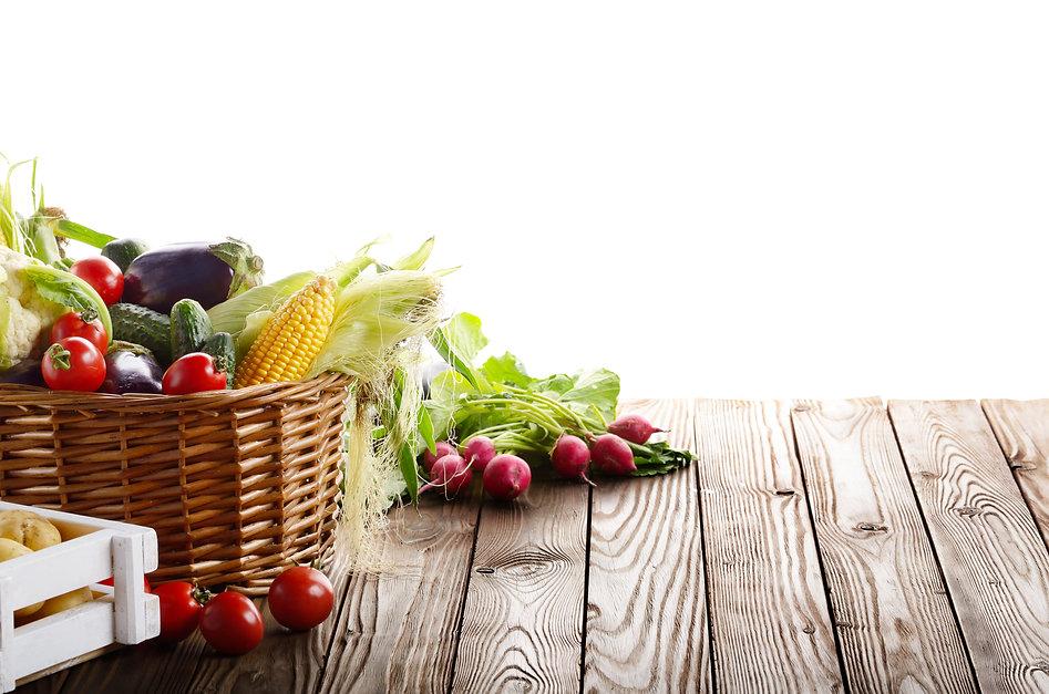 basket-of-organic-vegetable-food-ingredi