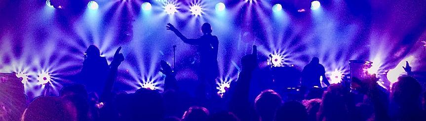 concert-lights-neon-lights-DL8ET42_edite