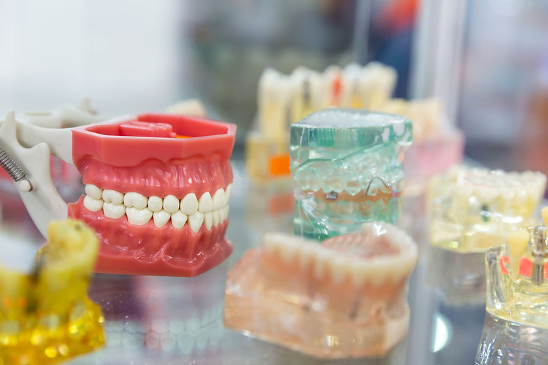 denture-treatment-dental-implants-orthod