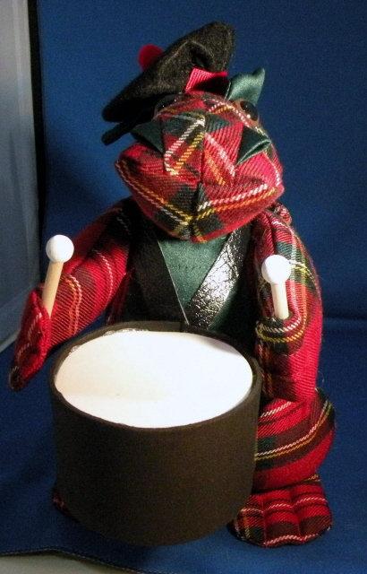 Mac Scottish Drummer
