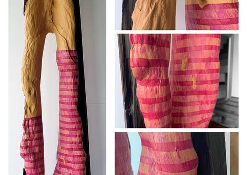 紫色絲襪  H:235cm x W:60cm x D:40cm  木雕+彩繪