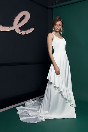 Atlantis+bridal+collection+by+Halfpenny+