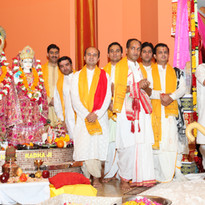 Various Hindu Priests from Ontario