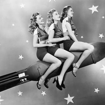 Girls on Rocket