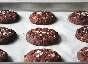 Vegan Fudgy Peanut Butter Brookies (Brownie Cookies) | Delia.v Life