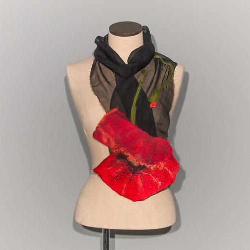 Foulard Coquelicot Red poppy on black chiffon