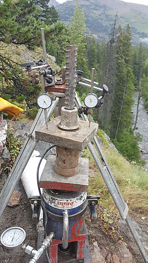 Geostructural, Testing of an Anchor