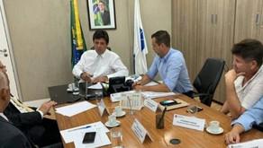 Michels se reune com Ministro da Saúde para discutir sobre Hospital Municipal.