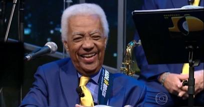 Faleceu durante essa manhã, aos 85 anos, o músico Ubirajara do Programa do Jô.