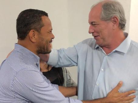 Com aval de Ciro Gomes e Carlos Lupi, Donisete Braga filia-se ao PDT.