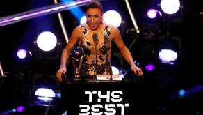 Marta é eleita pela sexta vez a melhor jogadora do mundo.