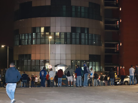 PREFEITO  ATILA JACOMUSSI PROVOCA AGLOMERAÇÃO DE PESSOAS EM BUSCA DE EMPREGO NO CENTRO DE MAUÁ