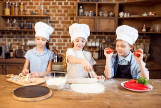 children-making-pizza.jpg