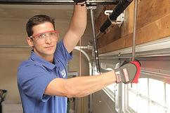 Repair Garage Doors Conejo Valley