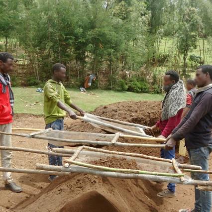 Baumschule in Soka Sonichu hat ihre Arbeit aufgenommen