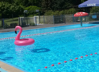 Die Schwimmbäder öffnen langsam wieder