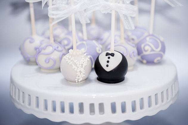 Bride and Groom Cake pops - 1 dozen