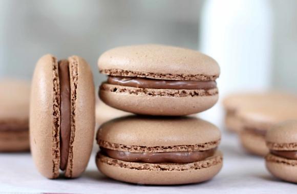 Chocolate Hazelnut Macaron - 1 dozen