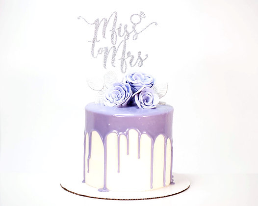 Drip Cake with Fondant Florals - 6 inch round (feeds 8-10)