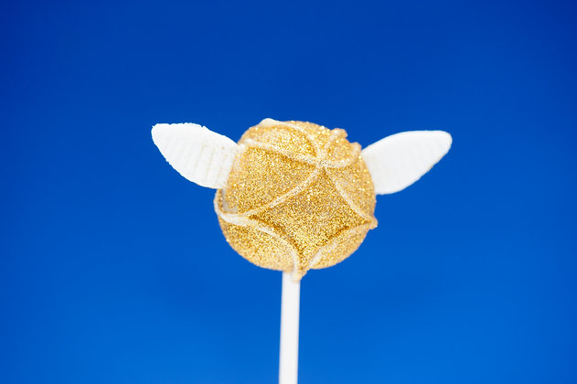 Harry Potter's Golden Snitch cake pops - 1 dozen