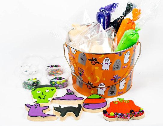 Halloween Cookie Decorating Bucket (8 cookies)