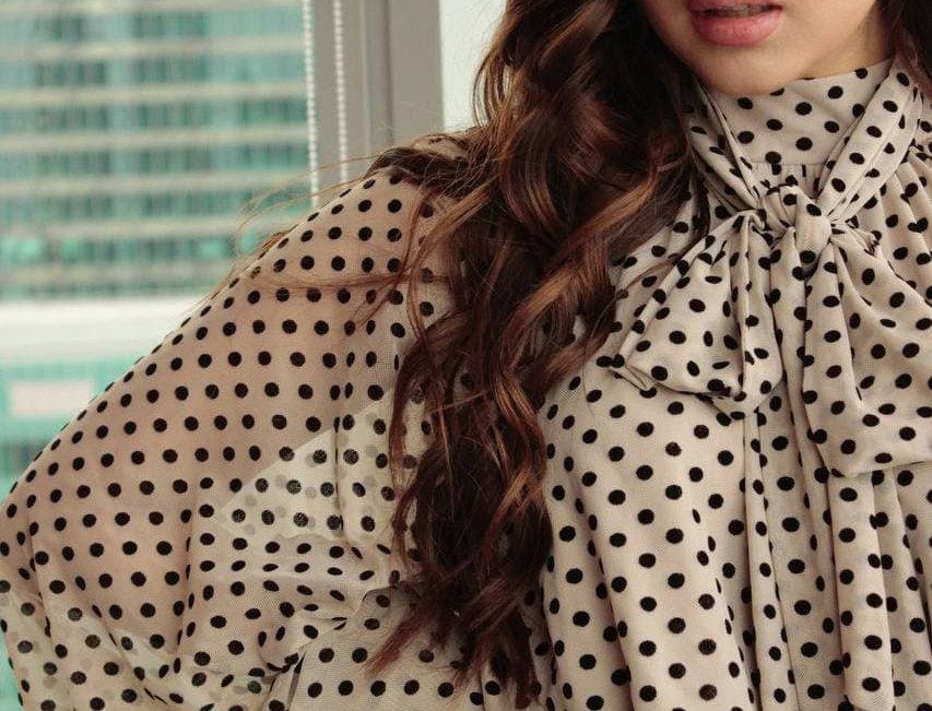 Блузка дизайнерская KOT'S с бантом