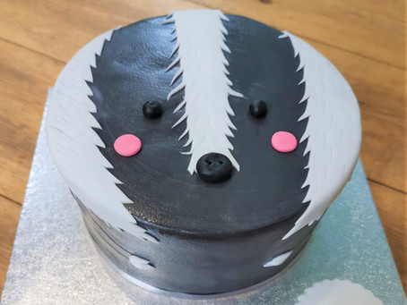 How to make a vegan badger cake