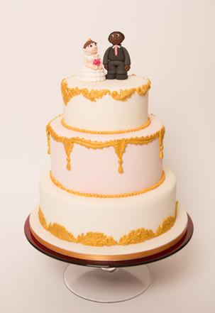 Gold & pink wedding cake
