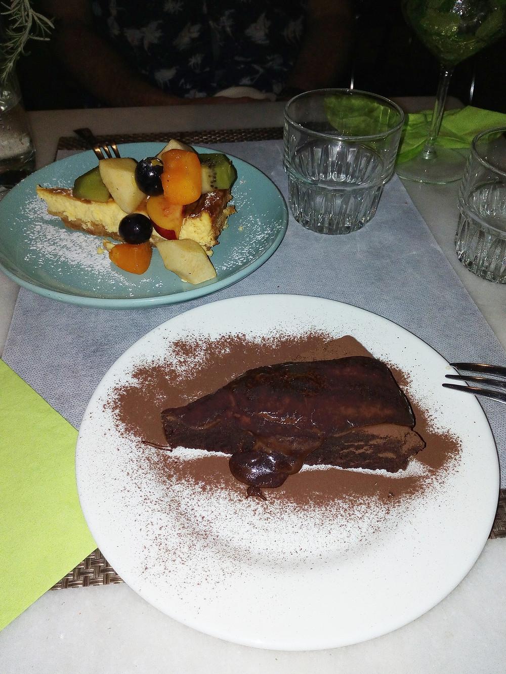 Gluten-free cheesecake and chocolate torte