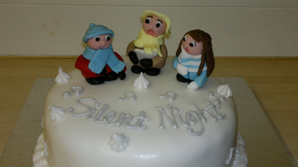 A merry gluten-free Xmas cake