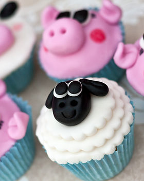 Sheep, cow & pig cupcakes
