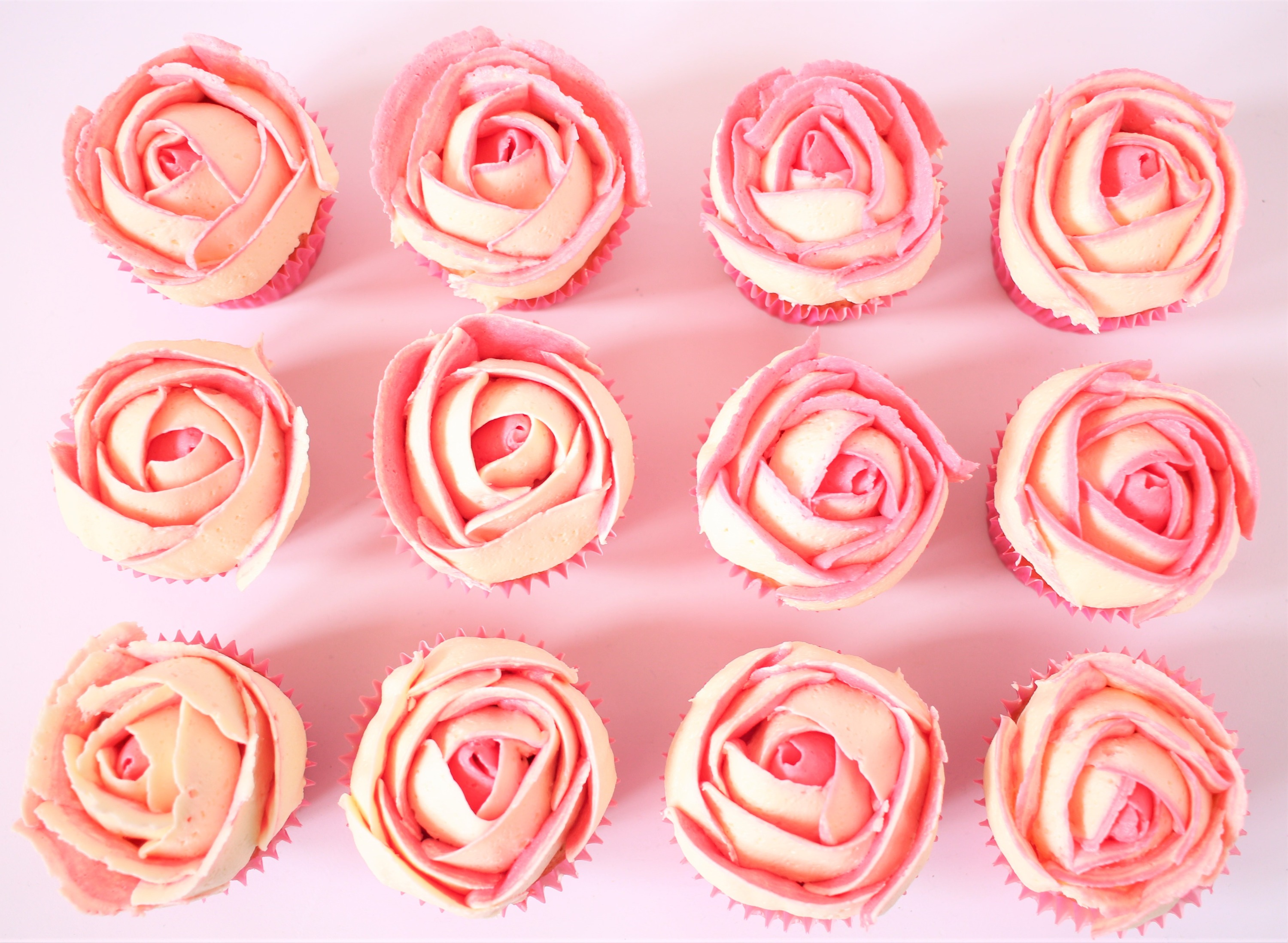 3D ombre rose cupcakes