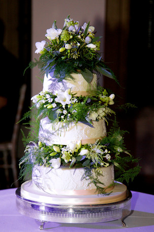 3 tier winter wedding cake