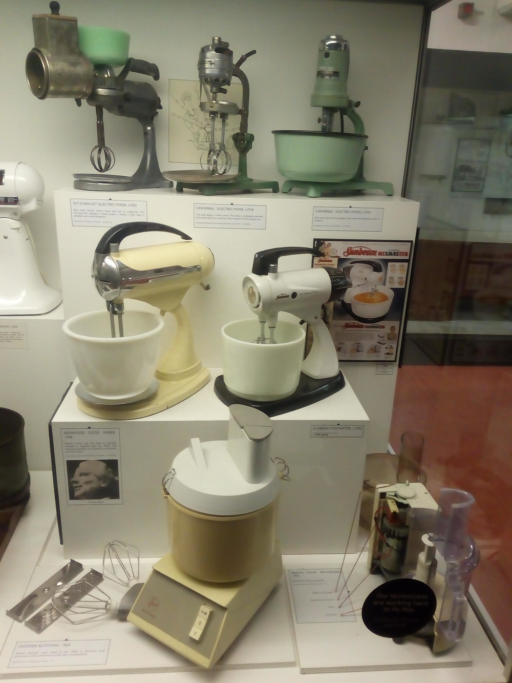 Kitchen mixers throughout the 20th century