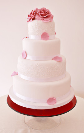 4 tier pink roses & white lace