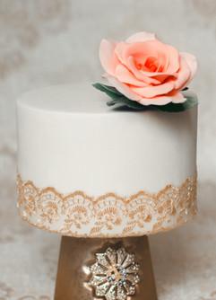 """Peach rose on single tier 6"""" wedding cake"""