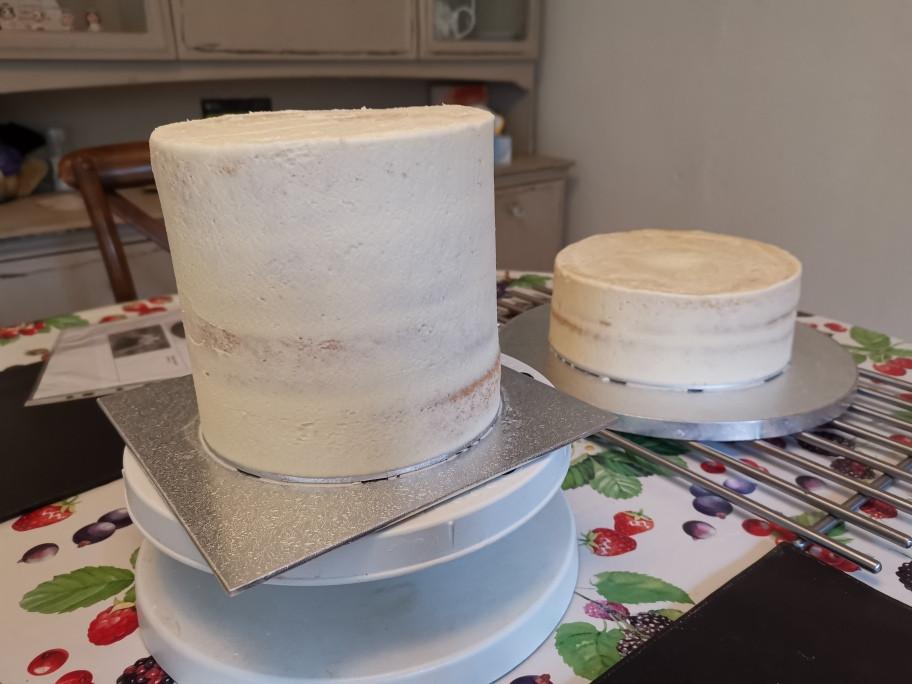 Crumb coat on 2 cakes