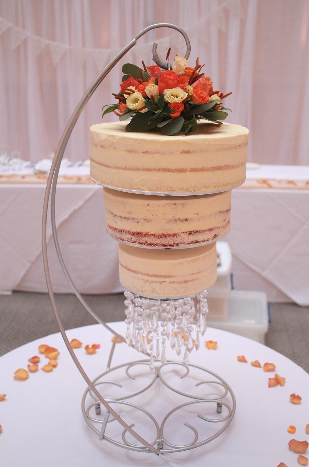 Chandelier wedding cake gluten-free