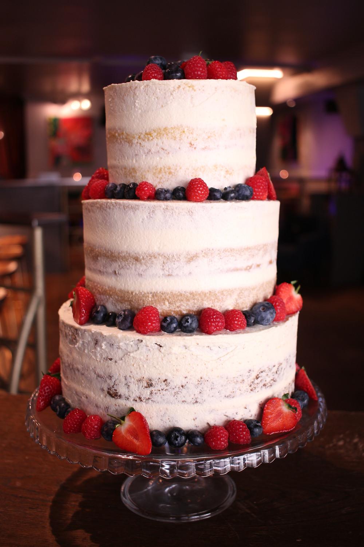 Vegan & gluten-free wedding cake