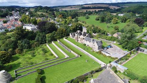Aberdour Castle Facebook@skysthelimitdai