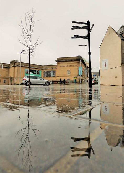 HGorsecross, Perth in the Rain