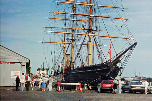 The RRS Discovery, Dundee