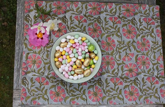 set de table Primevère gris et rose | placemat in grey and pink blockprint